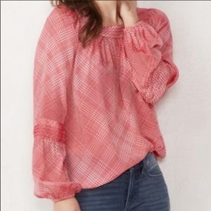 🌞LC Lauren Conrad shirred peasant top